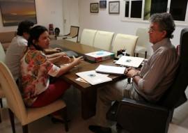 ricardo e a prefeita de pombal 2 270x191 - Governador e prefeita de Pombal discutem ações do Conselho de Desenvolvimento dos municípios