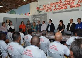 seap certificado pronatec para detentos foto joao francisco 10 270x191 - Reeducandos recebem certificados de curso profissionalizante em Mangabeira