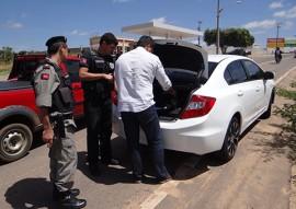 seds operacao divisa segura prevencao pb e rn 1 270x191 - Polícia realiza abordagens preventivas entre Paraíba e Rio Grande do Norte