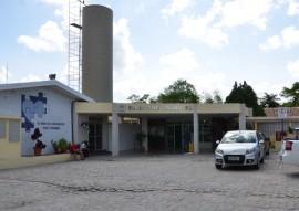 tabajara faz entrega de alimentos de jogo ao hosp padre ze foto joao francisco 2 270x191 - Futebol Solidário promovido pela Rádio Tabajara arrecada cinco toneladas de alimentos