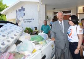 tabajara faz entrega de alimentos de jogo ao hosp padre ze foto joao francisco 5 270x191 - Futebol Solidário promovido pela Rádio Tabajara arrecada cinco toneladas de alimentos