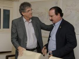 unnamed 1 270x202 - Ricardo e Durval Ferreira discutem andamento de obras do governo em João Pessoa
