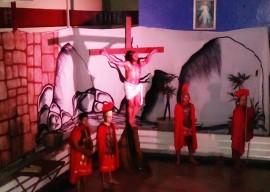 13.04.15 paixao cristo encenada hospital trauma 2 270x192 - Pacientes do Hospital de Trauma assistem encenação da Paixão de Cristo