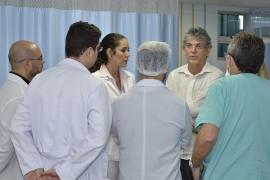 17.04.15 ricardo visita hosp. mamanguape©roberto guedes 9 270x180 - Ricardo implanta Centro Pediátrico de Cirurgias Cardíacas no Hospital Geral de Mamanguape