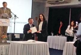 A Secretária de Estado da Saúde Roberta Abath durante posse em Brasília 270x185 - Secretária Roberta Abath toma posse na diretoria do Conselho Nacional de Secretários de Saúde