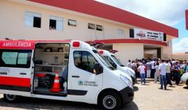 CAJAZEIRAS AMBULÂNCIA 6 270x158 - Governador entrega ambulâncias para o Hospital Regional de Cajazeiras