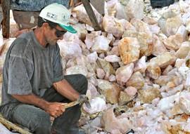 Mineração Garimpo Paraiba  AD 5 270x191 - Alunos do curso de mineração apresentarão trabalhos em Fórum Mundial de Educação