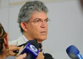 REUNIÃO BANCADA FEDERAL GOVERNADOR RICARDO COUTINHO 2 270x191 - Ricardo reúne bancada e pede atuação em favor da liberação de recursos