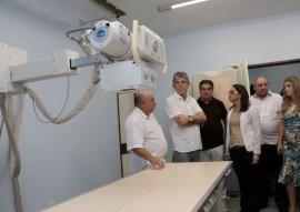 aparelho de raio x 1 270x191 - Governador entrega ambulâncias e aparelhos de raios X para o Hospital Regional de Sousa