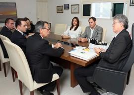 empresarios italianos 5 270x191 - Ricardo recebe representantes de empresa italiana que quer implantar fábrica na Paraíba