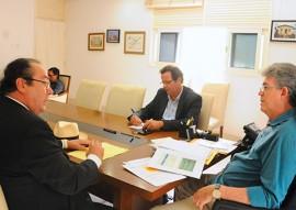 ricardo TCE ENTREGA DA LISTA foto jose marques 3 270x191 - Ricardo recebe a lista tríplice com nomes para o cargo de conselheiro do TCE-PB