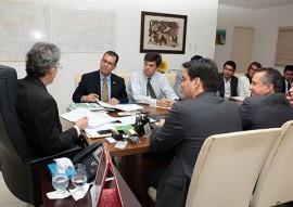 ricardo com representantes da STN foto francisco franca 101 270x191 - Missão da STN atesta que Paraíba atingiu metas do ajuste fiscal