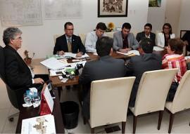 ricardo com representantes da STN foto francisco franca 81 270x191 - Missão da STN atesta que Paraíba atingiu metas do ajuste fiscal