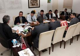 ricardo com representantes da STN foto francisco franca 91 270x191 - Missão da STN atesta que Paraíba atingiu metas do ajuste fiscal