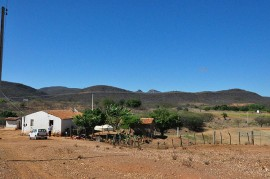10 15 data 12 05 270x179 - Governo vai instalar 42 plataformas agrometeorológicas na Paraíba