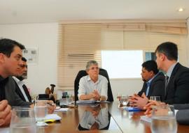 14.05.15 ricardo reune com fida foto jose marques 1 270x191 - Ricardo recebe comissão do Fundo Internacional para o Desenvolvimento da Agricultura