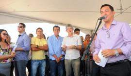 DAMIÃO ENTREGA DE ESCOLA SEC DE EDUCAÇÃO 6 jornal 270x158 - Ricardo inaugura obras e beneficia estudantes e idosos do Curimataú paraibano