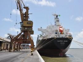 porto de cabedelo foto walter rafael 7 270x202 - Porto de Cabedelo movimenta 600 mil toneladas de cargas nos primeiros meses deste ano
