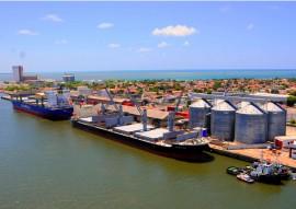 ricardo PORTO DE CABEDELO foto jose marques 2portal 270x191 - Ricardo assina protocolo para ampliação do porto de Cabedelo