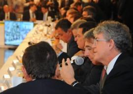 ricardo encontro de governadores em brasilia foto jose marques 6 270x191 - Ricardo fala em nome do Nordeste em encontro de governadores