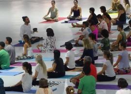 yoga aulão espaço 2 270x194 - Funesc promove aula gratuita de Yoga no Espaço Cultural