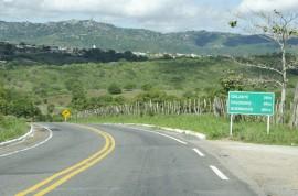 13.05.15 pb 100 fotos Alberi Pontes 8 103 270x178 - Governador entrega mais 11 km de estradas paraibanas