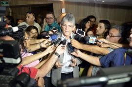 18.06.15 ricardo auncia plano seca fotos alberi pontes 167 270x178 - Ricardo anuncia R$ 133 milhões para ações de convivência com a estiagem