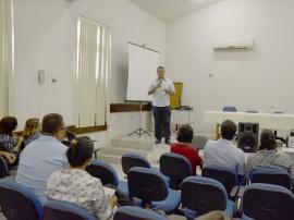 30.06.15 curso saude fotos antonio david 2 270x202 - Cefor-PB realiza aula inaugural do curso de especialização para gestores de saúde