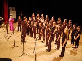 Coro Sinfonico Infantil 120 anos Theatro Santa Roza 12 11 09 j 270x202 - Coro infantil da Paraíba se apresenta na Estação Cabo Branco