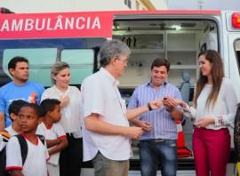 MONTEIRO1 270x198 - Ricardo inaugura estrada e entrega ambulâncias no Cariri paraibano