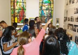 alpb recebe alunos da rede estadual de picui para aula pratica foto see 1 270x191 - Escola estadual desenvolve aula prática na Assembleia Legislativa