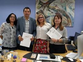 aristeu chaves e margareth diniz 1 270x202 - Detran e UFPB firmam parceria para executar projetos de pesquisa e reativam convênio de estágio
