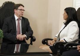 vice governadora recebe embaixador da filandia foto jun ior fernandes 3 270x191 - Governo da Paraíba firma parceria com a Finlândia na área de Educação