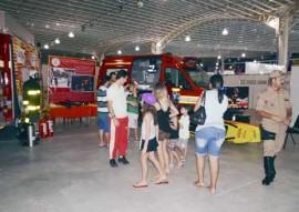 08.07.15 estande bombeiros na feira mostra brasil foto walter rafael 1 270x191 - Governo disponibiliza serviços durante multifeira no Centro de Convenções