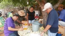 Catole palma 28 07 270x151 - Técnicos ensinam agricultor a produzir e usar defensivos naturais em Catolé do Rocha