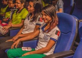 Clivia 270x191 - Alunos de escolas estaduais assistem peça de palhaças cariocas no Espaço Cultural