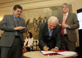 PRECATORIOS 0003 270x191 - Ricardo anuncia medidas que vão agilizar pagamentos dos precatórios