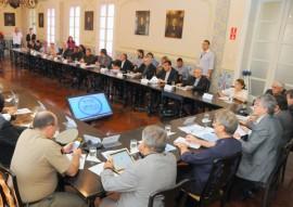 REUNIÃO BISPOS 14 270x191 - Ricardo debate questões hídricas com bispos e deputados