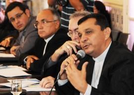 REUNIÃO BISPOS BISPO DE PATOS 33 270x191 - Ricardo debate questões hídricas com bispos e deputados