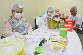 RicardoPuppe CLEMENTINO 22 270x180 - Teste rápido e outras ações marcam Dia Mundial de Luta Contra Hepatites Virais