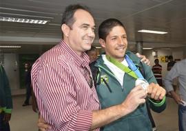 atletas paraibanos de volei foto walter rafael 6 1 270x191 - Paraibanos medalhistas do Pan desembarcam no Castro Pinto e são recebidos com festa