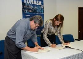 funasa fotos antonio david 1 270x192 - Governo do Estado firma convênio técnico com a Funasa para controle de qualidade da água na Paraíba