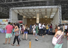 ricardo visita salao de artesanato cg foto walter rafael 7 270x191 - Salão de Artesanato supera meta de vendas e recebe mais 100 mil visitantes em Campina Grande