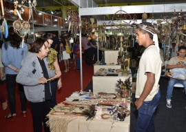 ricardo visita salao de artesanato cg foto walter rafael 90 270x191 - Salão de Artesanato supera meta de vendas e recebe mais 100 mil visitantes em Campina Grande