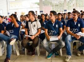 11.08.15 dia do estudante 1 270x202 - Governo do Estado lança Semana do Estudante 2015