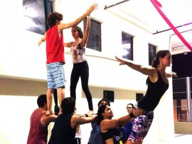 24.08.15 cursos artes circenses 4 270x202 - Funesc abre inscrições para novas turmas de curso de artes circenses