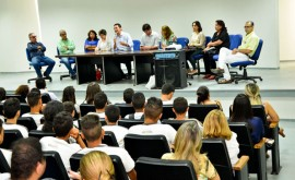 25.08.15 estudantes rede estadual participam even 2 270x165 - Estudantes da rede estadual participam do evento Diálogo com o Setor Produtivo