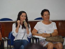 26 08 2015 CREAS foto Claudia Belmont 3 270x202 - Servidores dos Creas são capacitados sobre serviços de proteção e atendimento especializado