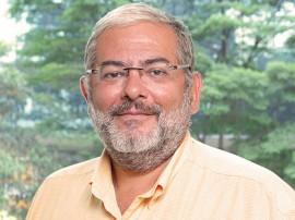 Frederico Barbosa vert1 270x202 - Palestra sobre o poeta Leandro Gomes de Barros é atração do Agosto das Letras nesta quarta-feira