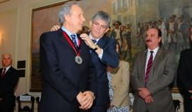 GOV ENTREGA MEDALHA MINISTRO RICARDO LEWANDOWSIC 3 270x158 - Ricardo entrega Medalha do Mérito ao presidente do STF